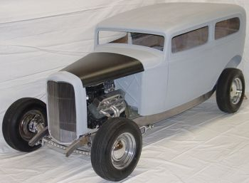 Antique & Collectible Autos :: 32 Ford Sedan & Delivery
